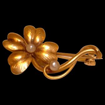 Vintage 14K Bedroom Flower and Seed Pearl Pin Brooch