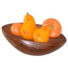 Vintage Realistic BAKELITE Fruit in Wood Basket Pin Brooch