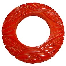 Large Red Carved BAKELITE Floral Circle Pin Brooch