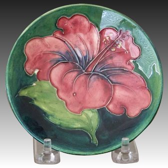 Moorcroft Pottery Hibiscus Pin Dish