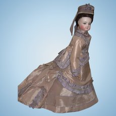 "17"" Outstanding Jumeau Antique French Fashion Doll - Incredible Silk Gown - Hat Layaway"