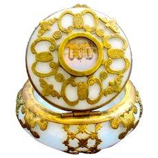 Fine Antique Palais Royal 'Bulle de Savon' Opaline Glass Pill Box