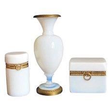 French 19th Century Opaline Glass 'Bulle de Savon' Vase