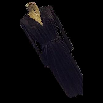 Vintage Olga 2PC Black Lace FULL SWEEP Lingerie Peignoir Set M 38 Nightgown Robe