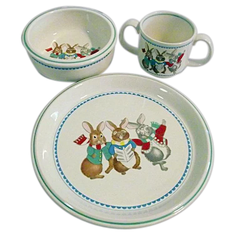 1987 Mikasa Do-Re-Mi 3PC Childs Dinner Set Plate Bowl Handled Cup With Bunnies