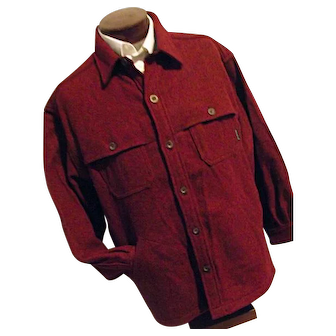 Woolrich Mens Vintage Dbl Mackinaw Wool Red Herringbone Shirt Jacket Caped XL