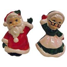 CHRISTMAS Vintage 1950s Josef Originals Pr of Salt Pepper Shakers Santa Claus & Mrs