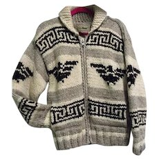 Vintage LL Bean Mens 100% Wool Handknit Cowichan Sweater Canada Thunderbird M