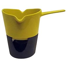 Vintage Copco Yellow Enameled Iron Sauce Pan Double Spout with Iron Warmer Base