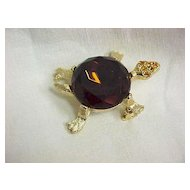 Vintage Turtle Pin Large Root Beer Chaton