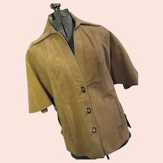 Boho Mod Vintage 1960s Womens Camel Suede Leather Cape Caplette Toggle Buttons 6 Med