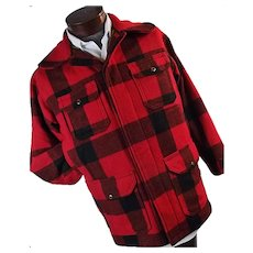 Vintage Woolrich Men Mackinaw Hunting Barn Field Coat Red Buffalo Plaid 38