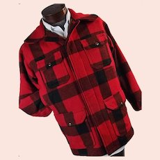 Vintage Woolrich Men Mackinaw Hunting Barn Field Coat Red Buffalo Plaid 38