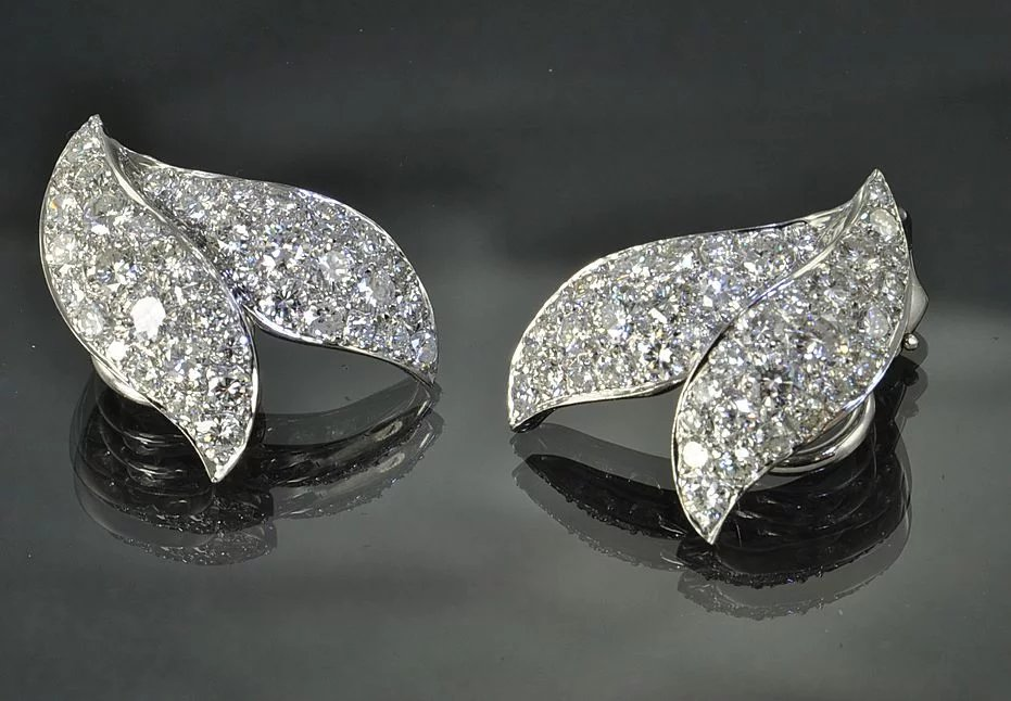 4 55 Carat Diamond And Platinum Earrings Timeless