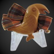 Bakelite Figural Toucan Pin