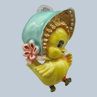 Har Metal Chick Pin with Sun Bonnet - Faux Pearls