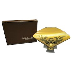 Wadsworth Figural Fan Shaped Compact