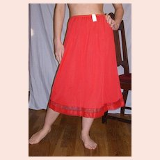 Vintage 1950 Lorraine Flame Red Half Slip NEW NWT NOS Size Medium