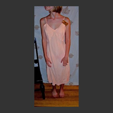 Vintage Miss Thrifty Peach Bias Full Slip 1940's Crown tested Rayon Fabric NWT NOS NEW size36