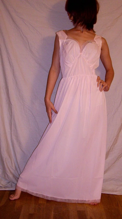 fca79baf9 Vintage 1950 s Lorraine Long Pink Nightgown NEW NWT NOS Size 38   Miss  Jewel s Vintage Lingerie