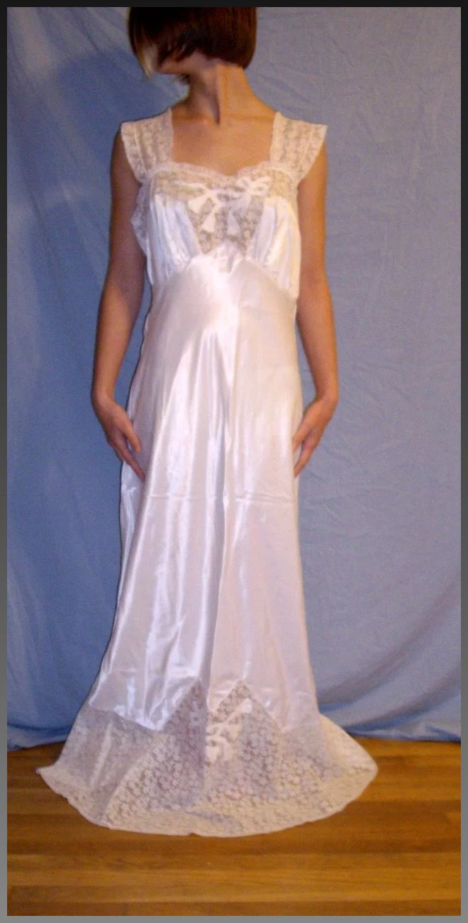 Vintage 1930 Godfried Rayon White Bridal Wedding Nightgown NEW Size ...