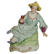 Dresden Harlequin Hollander Plantagen Frau #72  Figurine