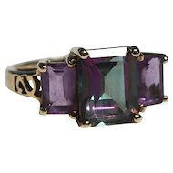 10k Gold Changing Color Sapphire Amethyst Ring