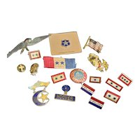 Huge Lot of Vintage Pins fo4r Doll or Teddy Bear