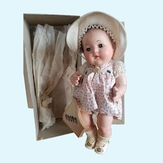 """Museum Quality 1937 Madame Alexander 11"""" Dionne Quintuplet Yvonne Doll Mint in Box"""