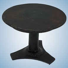 Rock and Graner Round Dollhouse Table