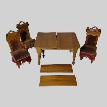 Antique Schneegas Extension Table & Three Chairs for the Dollhouse