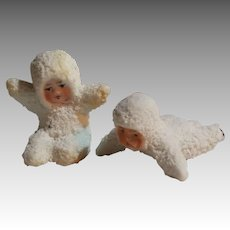 2 Tiny Playing Snowbabies