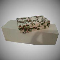 "Vintage Holly Box 5.5"" x 3"""