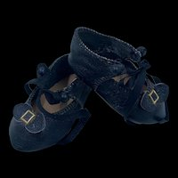 Beautiful Vintage Pair Hand Made Leather Doll Shoes