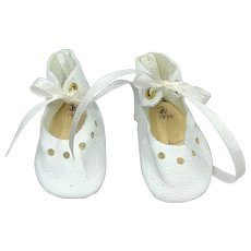 Beautiful Pair of Vintage White Leather Doll Shoes