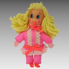 Mattel Pretty Pairs Tangie doll