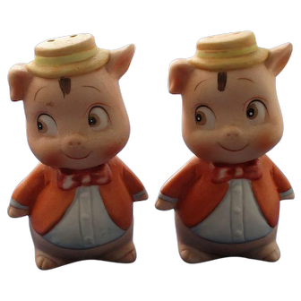 Gentleman Pigs With Big Eyes Salt and Pepper Shakers