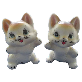 Sweet Happiest Kittens Ever Salt and Pepper Shakers