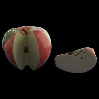 Apple and Apple Slice Salt and Pepper Shaker Set