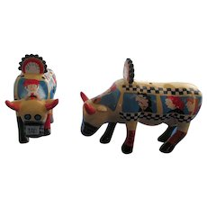 Unusual Steer Taxi Bus Salt and Pepper Shakers