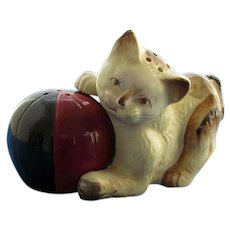 Kitten With Ball Salt and Pepper Shakers
