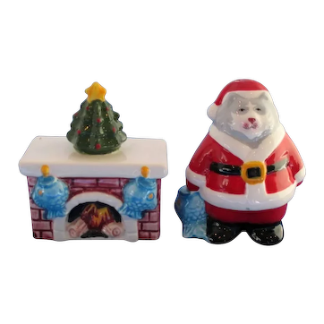 Clay Art Cat Santa and Fireplace With Fish Stockings