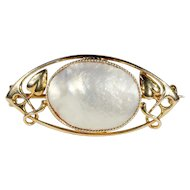 Antique Murrle Bennett & Co. Arts & Crafts Art Nouveau Mother of Pearl and 15k Gold Brooch Pin