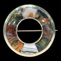 Victorian Gold Agate Scottish Circle Brooch Kilt Pin Badge