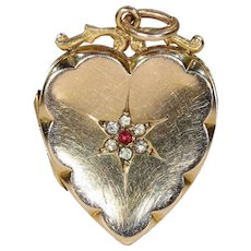 Antique Victorian Gold Heart Locket Pendant