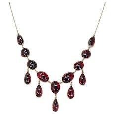 Stylish Edwardian Garnet Necklace Plumy Cabochon Drops