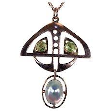 Art Nouveau Peridot Mother of Pearl American Gold Pendant