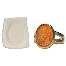 Victorian Carved Carnelian Signet Ring 18k Gold