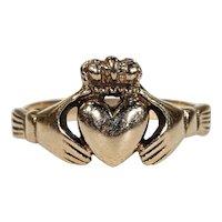 Vintage Irish Claddagh Ring Heart Hands Hallmarked Dublin 1975