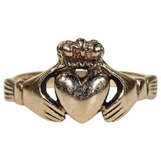 Vintage Irish Claddagh Ring Heart Hands Hallmarked Dublin 1975